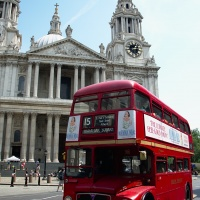 197_bus vor st pauls cathedral_180701.jpg