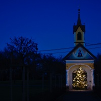 Chapel in Dobl-Dorf during Christmas time